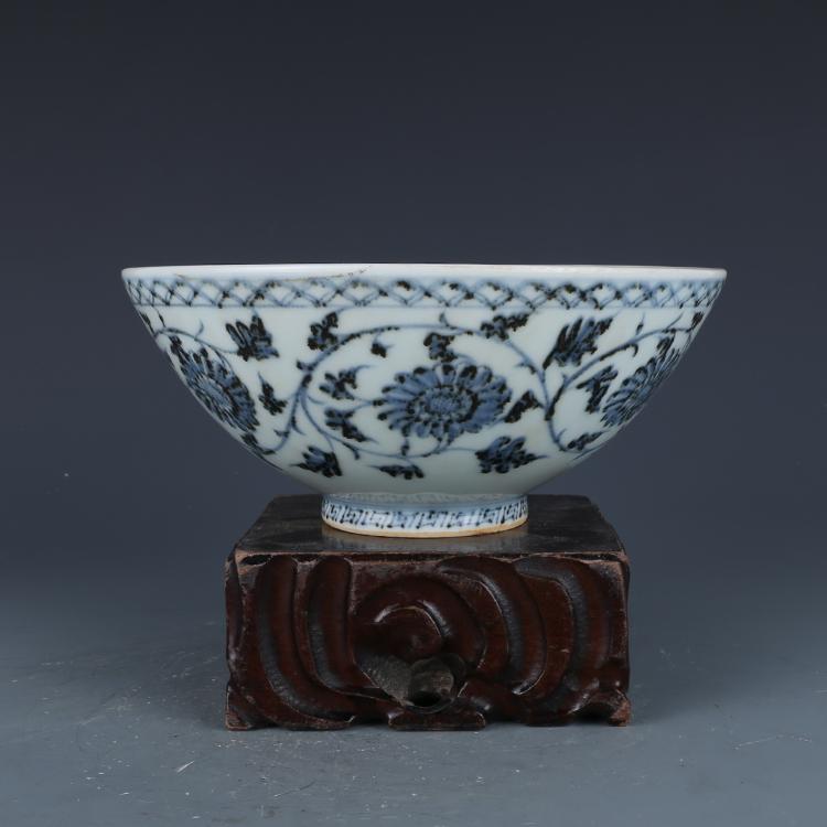 China antique Porcelain MING HONGWU underglaze red interlock branch lotus bowl
