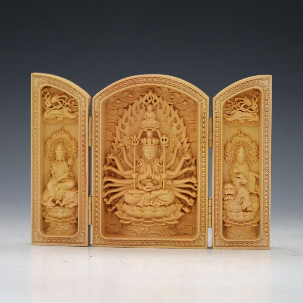 Delicate chinese boxwood carved thousand hand bodhisattva folding