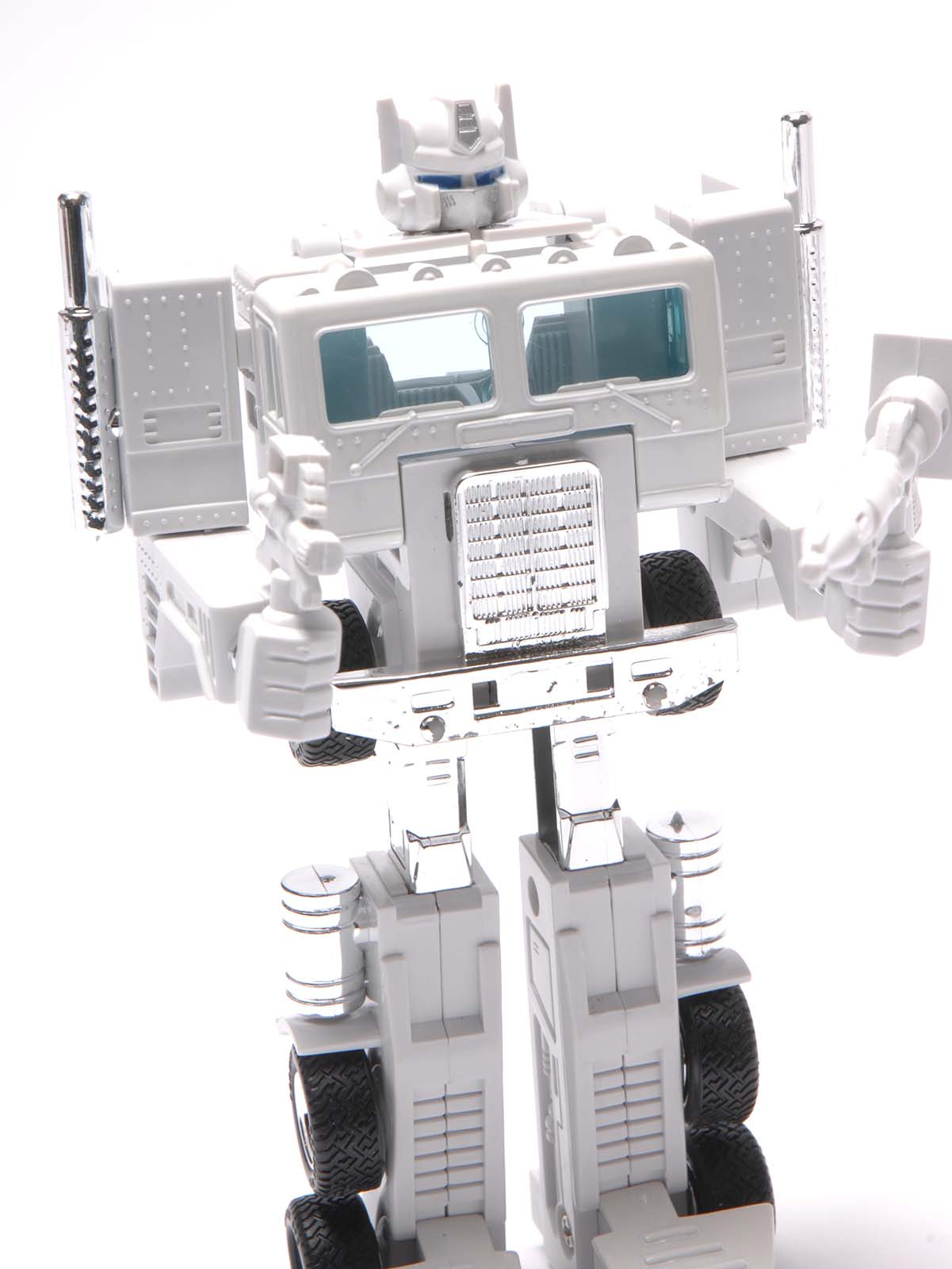Transformers G1 OPTIMES PRIME White AutoBot Reissue Collection Gift Toy Hot New