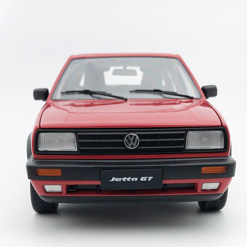 1:18 Scale Diecast Volkswagen Jetta GT Red Car Model