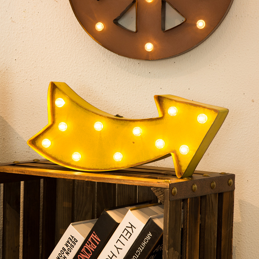 Glitzhome Vintage Marquee LED Lighted Up Arrow Sign Wall Decor ...