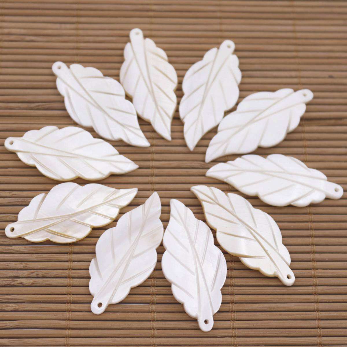 50x Natural Heart Shell Charms Mother of Pearl Beads for Jewelry Making 10//20mm
