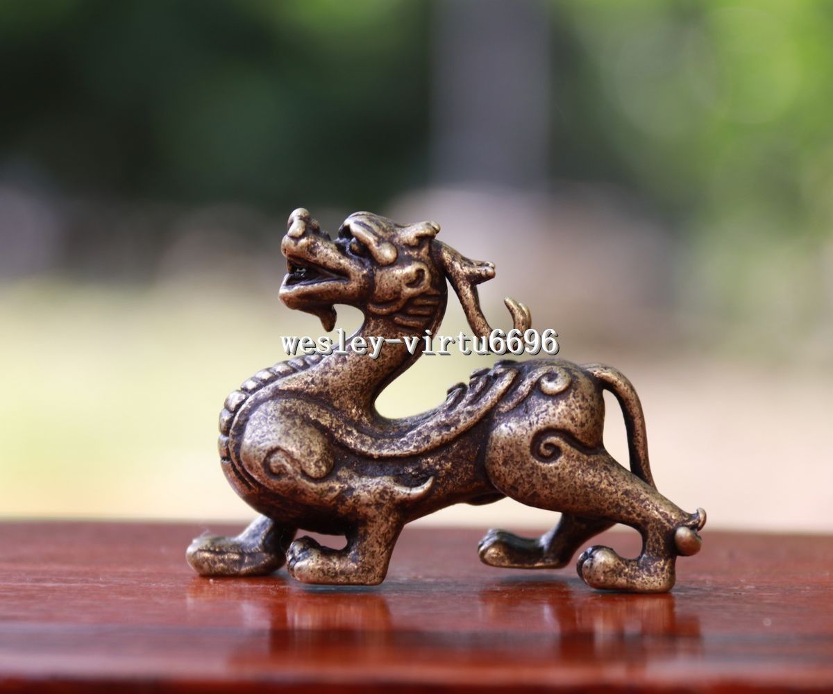 Chinese Handmade Antique Carved Animal Beast Copper Statuette Amulet Pendant