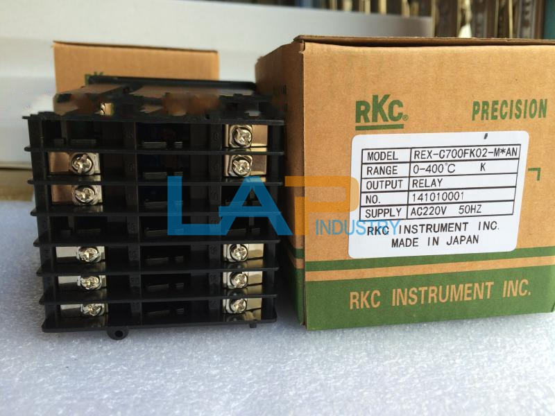 1PC New RKC temperature controller REX-C700FK02-M*AN