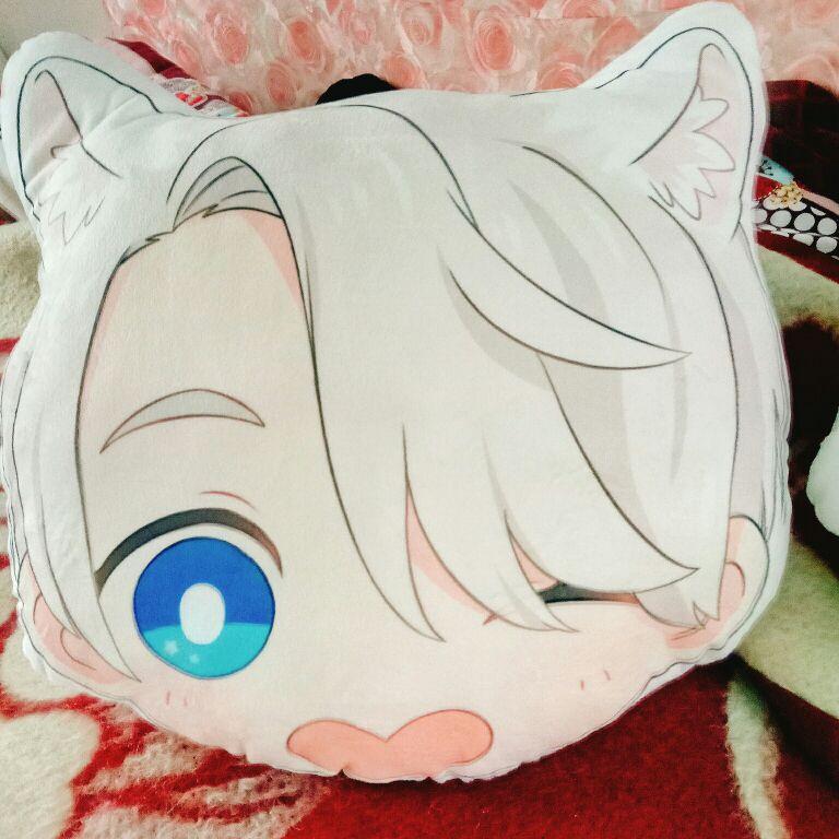 on ICE Victor Katsuki Yuri Otabek Head Pillow Plush Doll Cushion Gift YURI!!