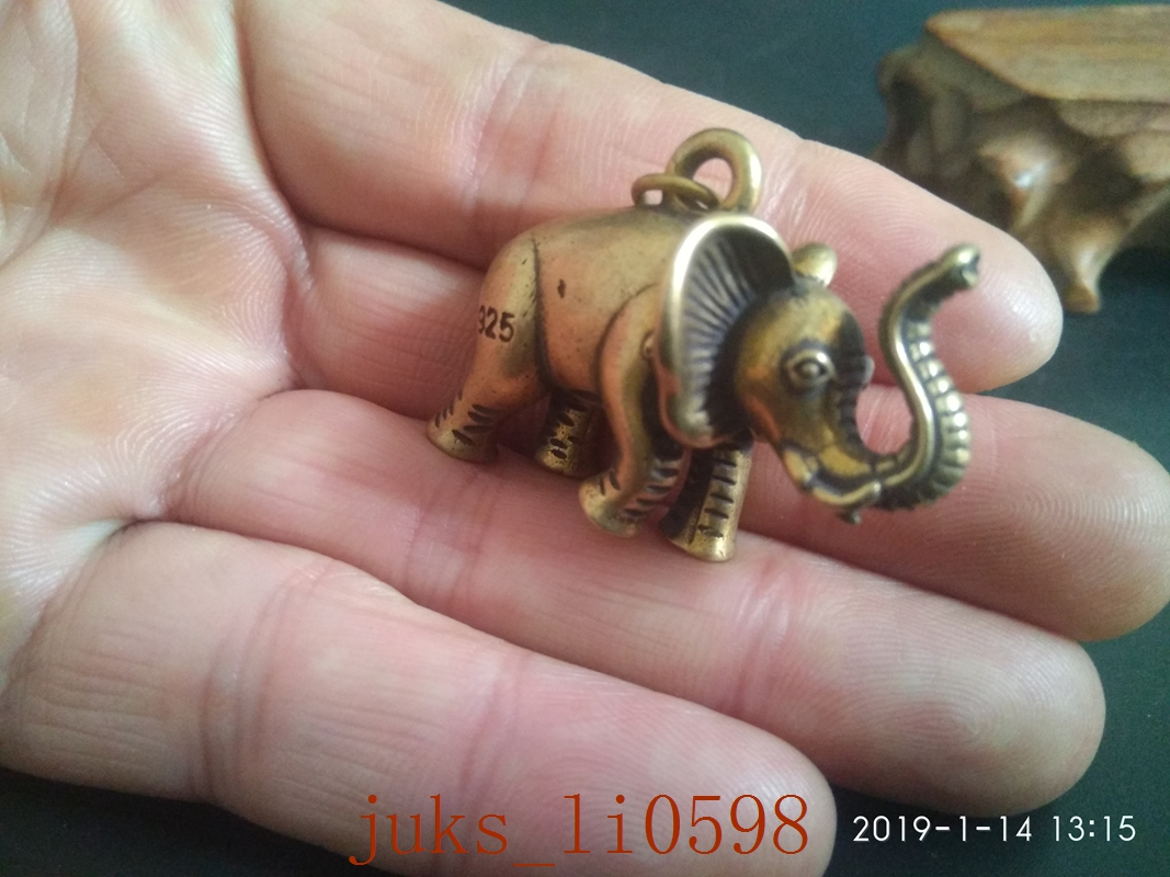 Collection hand Hollowing carved kylin amulet pendant Gift