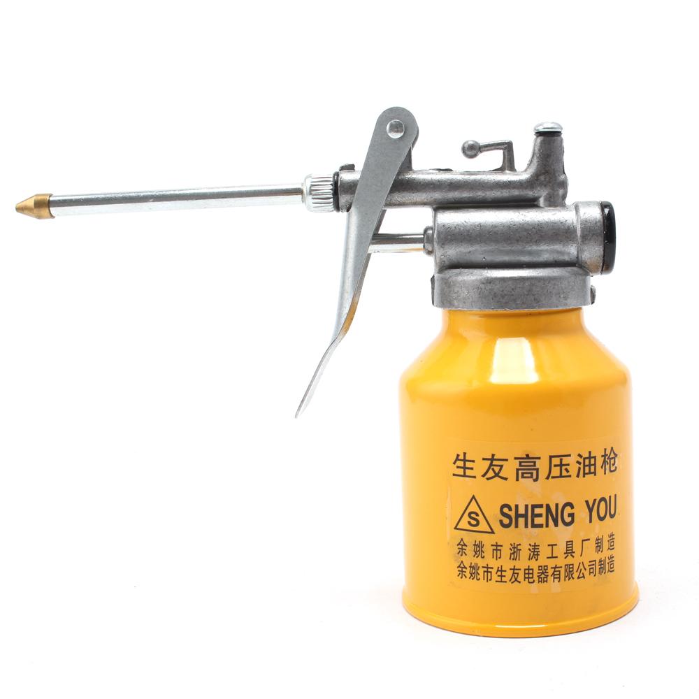 High Pressure Pump Action Oiler 300mL Lubrication Feed Oil Can Spray Gun Pot