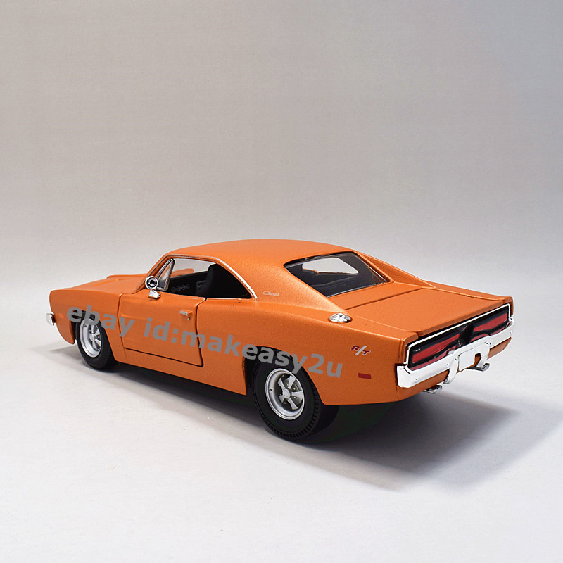 Maisto 1:25 1969 Dodge Charger R/T Diecast Assembly Line