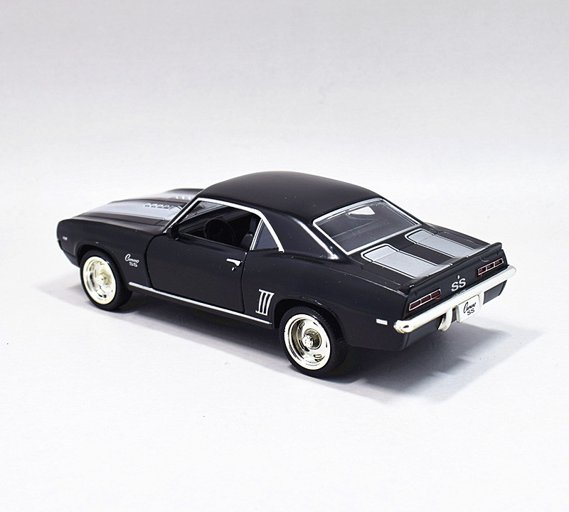 1:36 1969 Chevrolet Camaro SS Metal Diecast Model Car Pullback Black New in Box