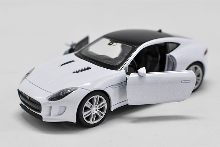 JAGUAR F-TYPE Model Cars Toys 1:36 Alloy Diecast Open two doors Gifts White New