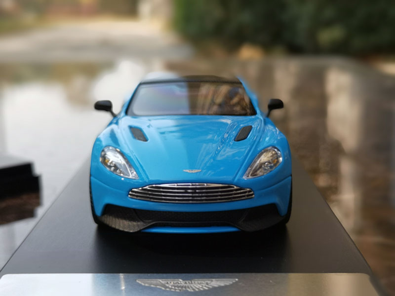 Original 1 43 Scale Aston Martin Vanquish Blue Super Sports Car Model Diecast Toys Hobbies Diecast Toy Vehicles