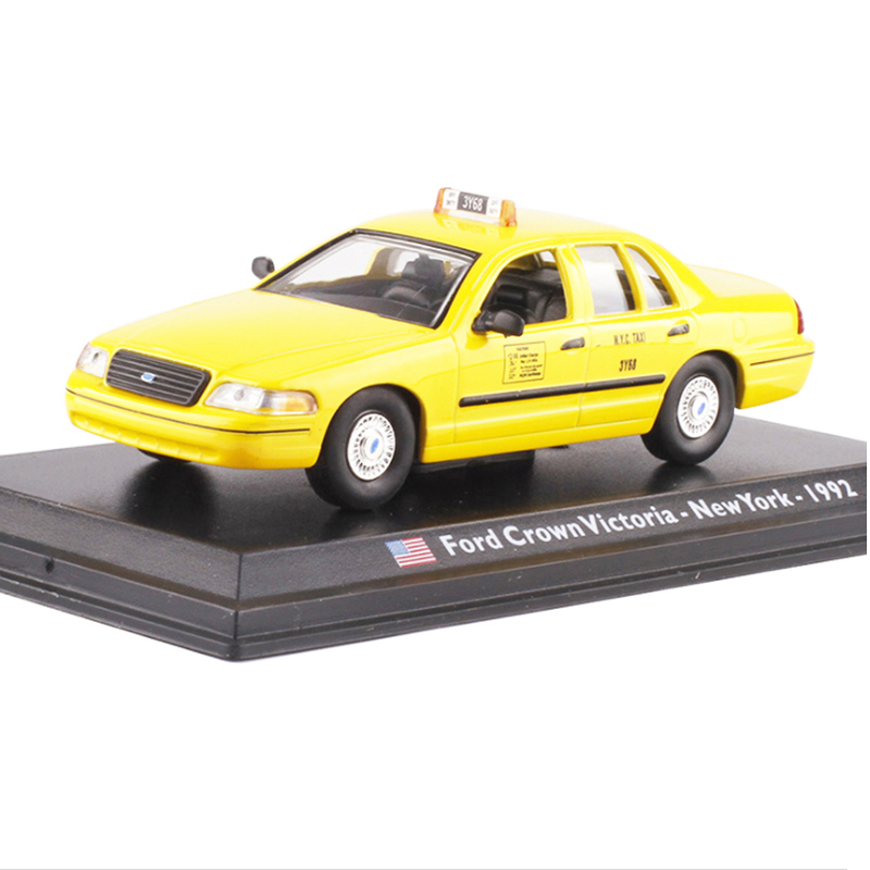 1:43 Vintage Ford Crown Victoria 1992 New York Taxi Cab