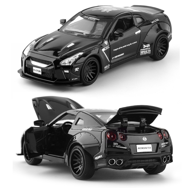 Nissan GTR Wide Body Sports Car 1:32 Scale Model Car
