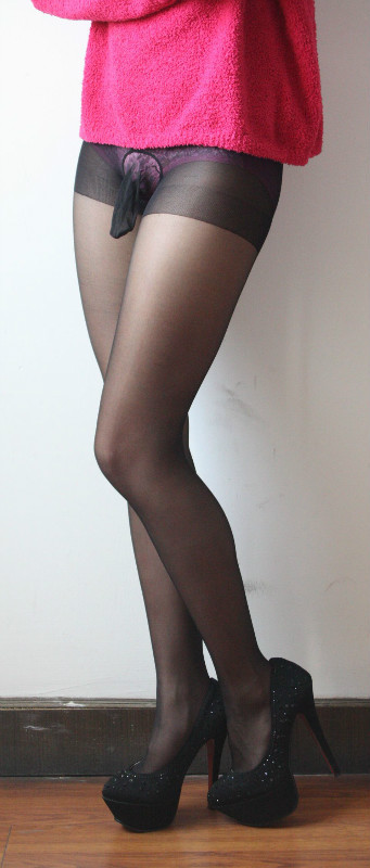 cock-in-pantyhose-nudes-gif-south