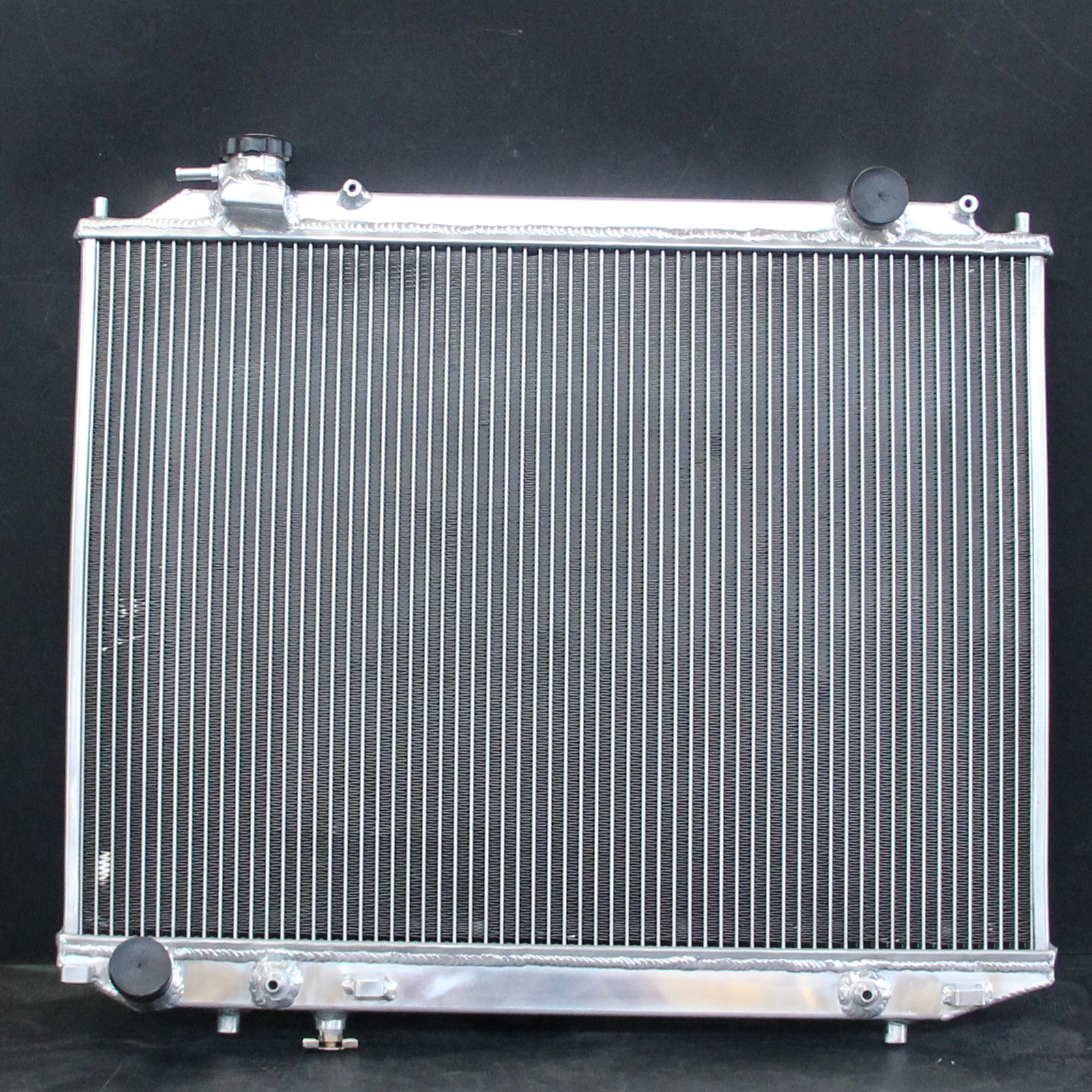 Aluminum Radiator For Ford Courier / Ranger Mazda Bravo / BT50 96-11 ...