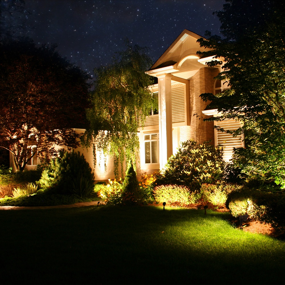 How to Install a Low Voltage Landscape Lighting System